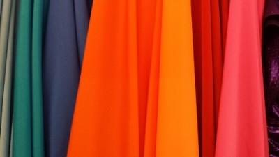 Communication la personnalisation du textile publicitaire par le flocage