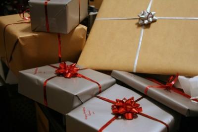 613MKI_Fin d'année  offrir des cadeaux d'entreprise à ses salariés _S47_12